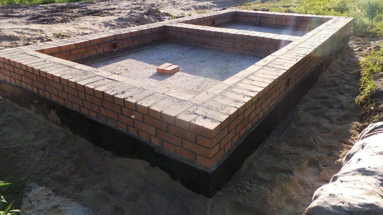 фундаментная плита под дом из кирпича