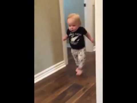 Baby Wird Erschreckt Youtube