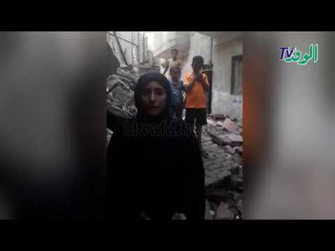 شاهد انهيار 3 عقارات بالمطرية وتشرد 20 أسرة .. السكان : الشارع بقى بيتنا  - 13:52-2018 / 10 / 21