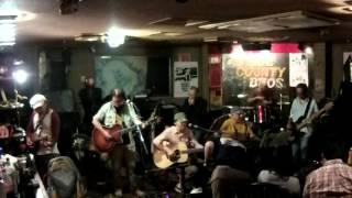 H@L's ハルズ のライブです。Guest: Toshi on Mandoline Setlist: 00:00...