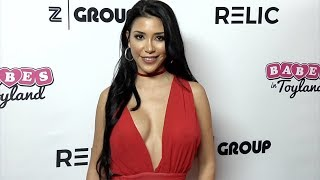 Lizzy Acosta  2018 Babes in Toyland Pet Edition Red Carpet