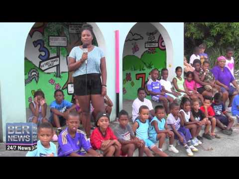 Children Join Artist Sarai Hines, August 21 2014