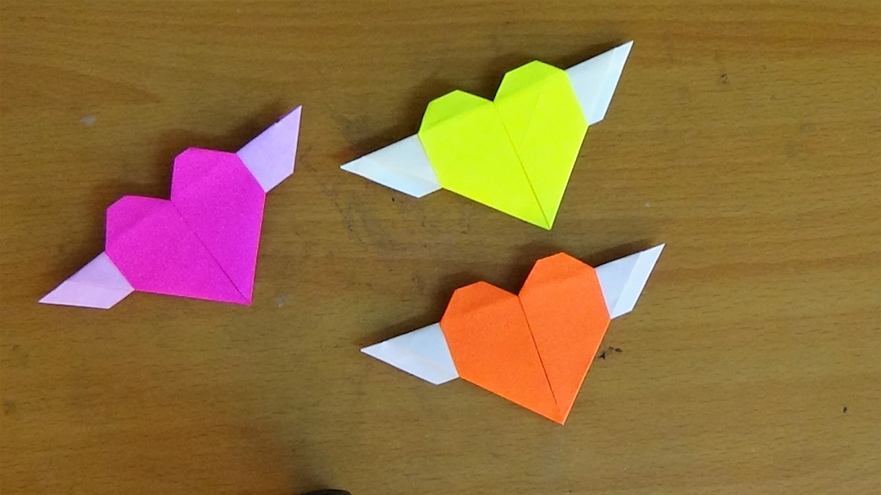 15 Origami Paper Crafts for Kids to Create | Make and Takes | 720x1280