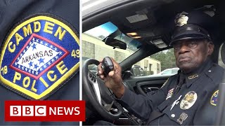 Arkansas police: 91-year-old one of oldest officers in US - BBC News