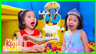 FIRE and ICE Box Fort Maze to find The Magic Lamp Daddy!