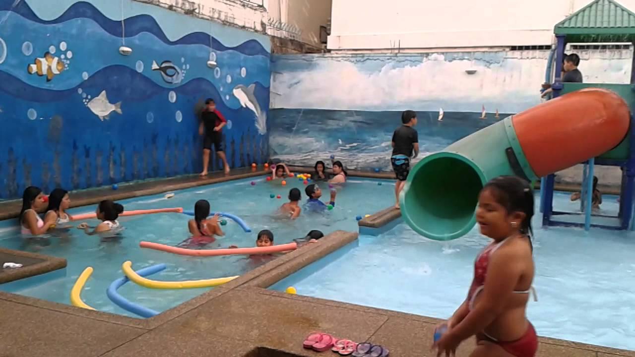 Fiesta con piscina en mimos park youtube for Fiesta de piscina