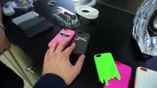 Чехлы и другие аксессуары SwithEasy для iPhone 5C(Не забудьте, в конце месяца начинаются продажи iPhone 5C в России, самое время выбрать правильный чехол. Выражае..., 2013-10-22T15:00:44.000Z)