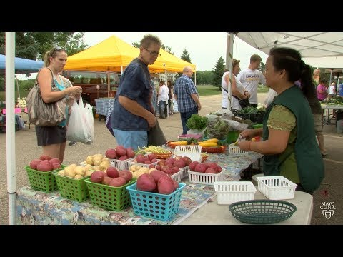 Mayo Clinic Minute: A chef's advice at the farmers market