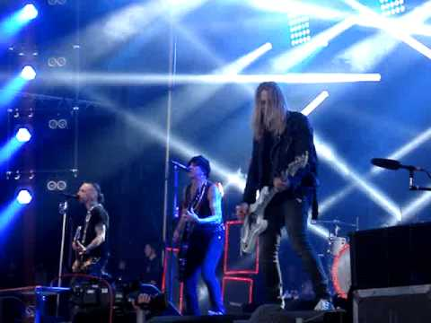 Backyard Babies Sweden Rock Festival 2015 Song for the Outcast mp3