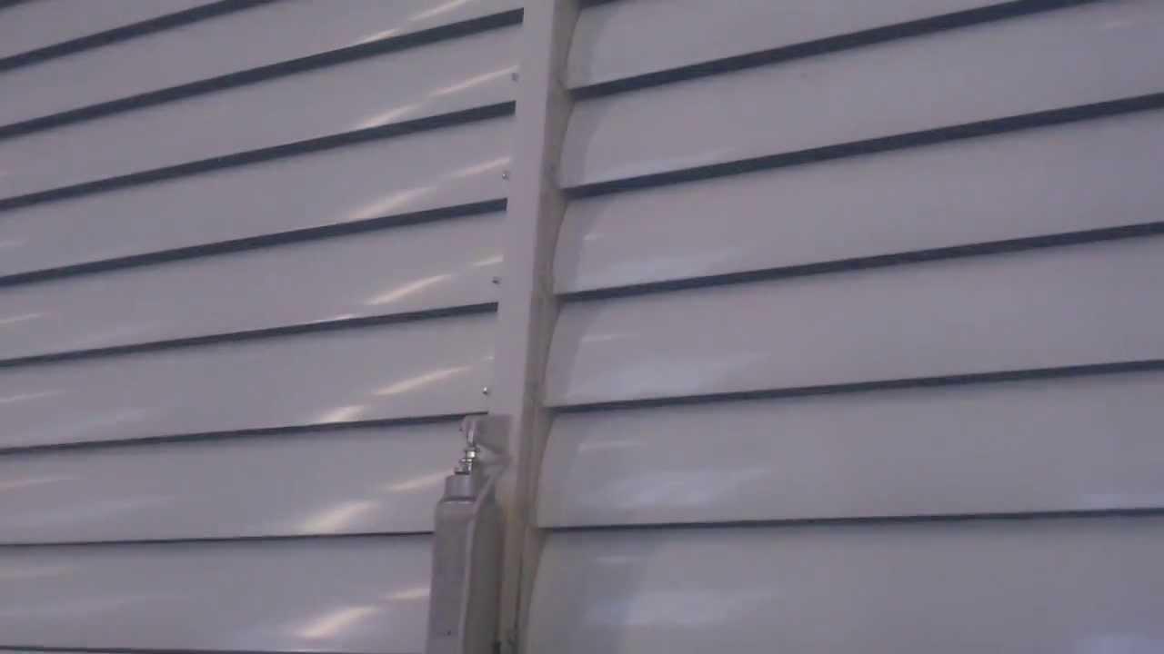 lames orientables pergolas aluminium gordes et cassis youtube. Black Bedroom Furniture Sets. Home Design Ideas