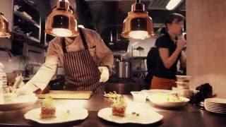 Новый ресторан Hustle Moscow(Новый ресторан в Москве! Покровский бульвар, 6/20 стр.1 Hustle в переводе с английского - «бешеная деятельность,..., 2016-12-05T12:46:05.000Z)