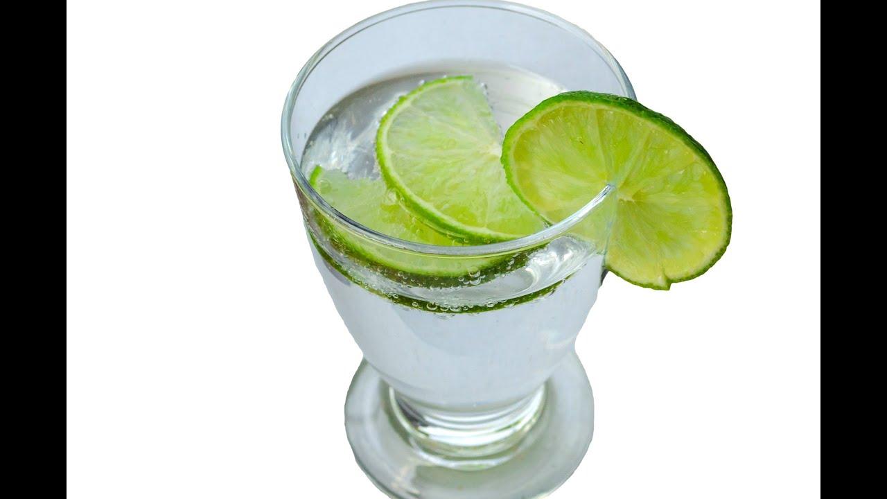 bajar barriga con agua y limon