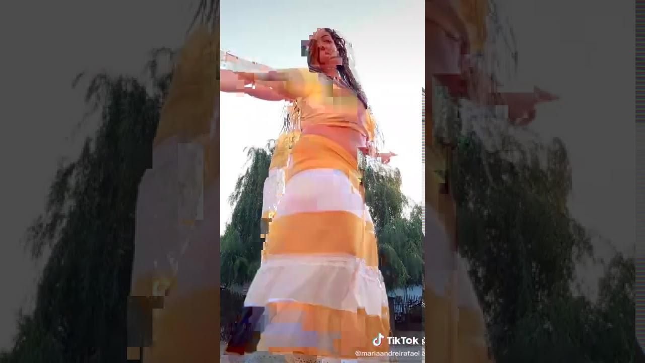 Download Cea-mai dansatoare. din lume.