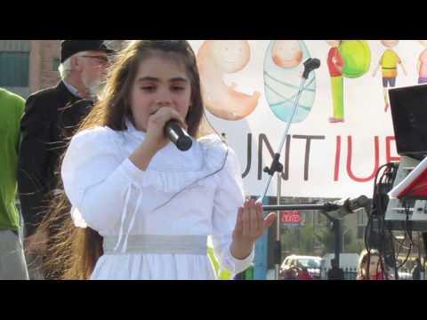 Adonia Antonescu - Copil si inger