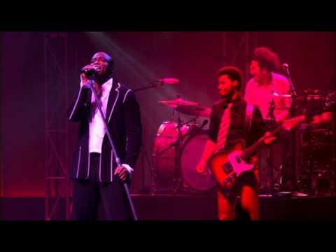 Seal - Heavenly (Live in Paris 2005)