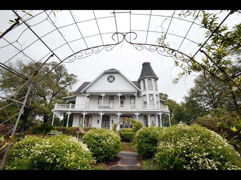 Take tour of former governor's mansion in DeFuniak Springs
