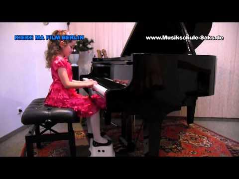 Vorweihnachtliches Konzert der Musikschule Saks Berlin