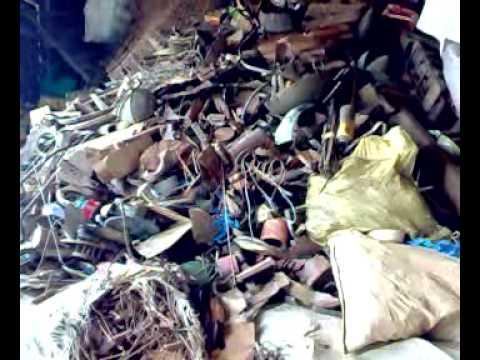 Kenya: From school to scrap