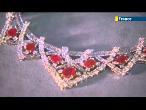Cartier's jewelry exhibition in Paris