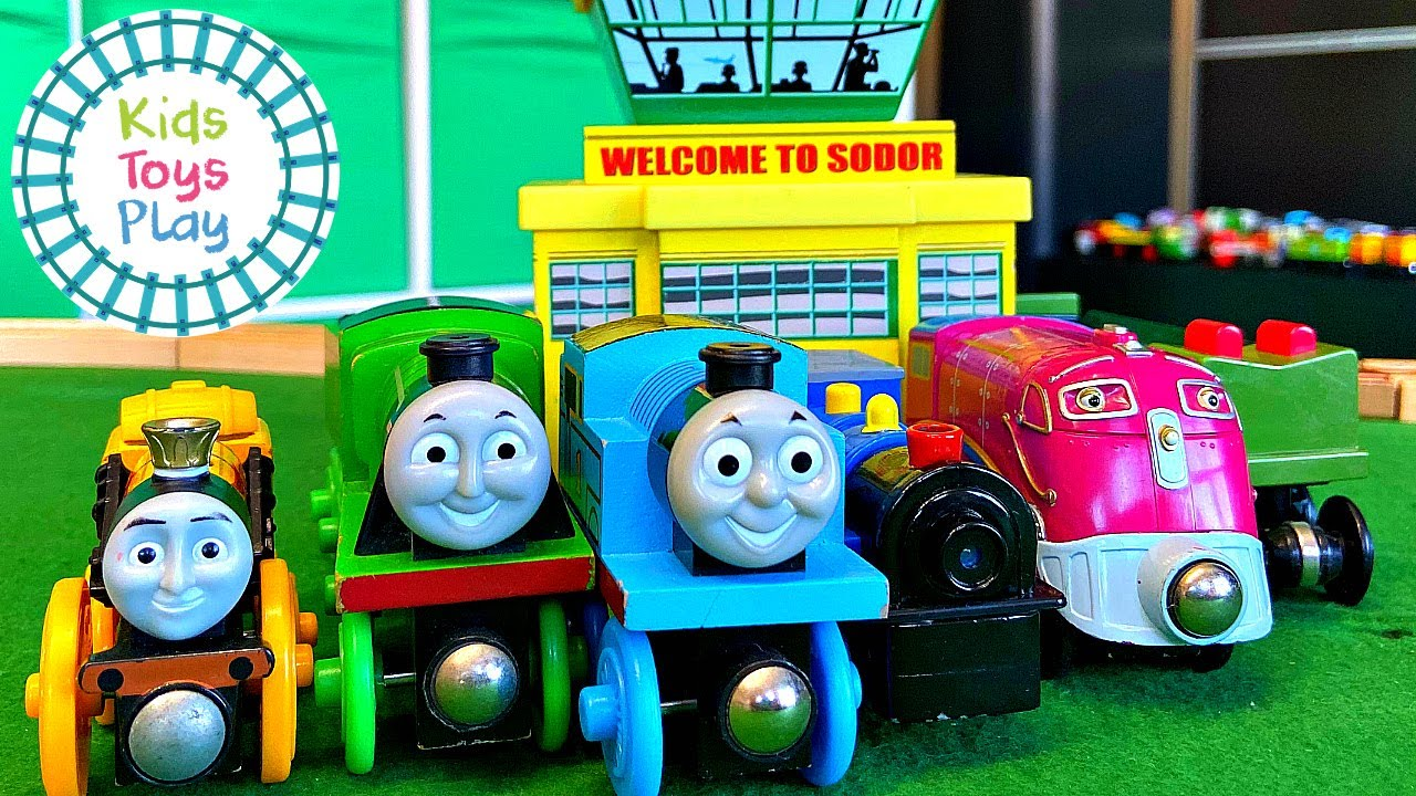 Thomas Friends Totally Thomas Town Surprise Unboxing