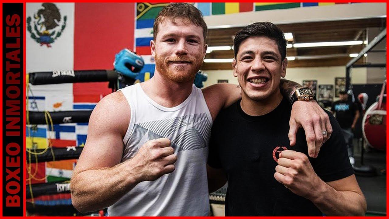 Brandon Moreno visita a Canelo en su gimnasio y recibe unos consejos del mejor libra por libra.