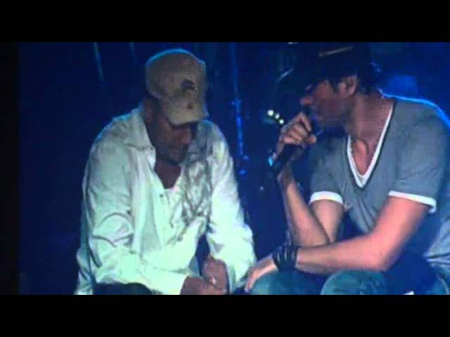 Enrique Iglesias cries on stage