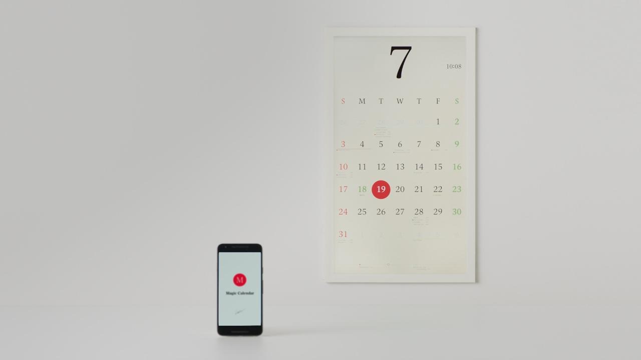 Innovador calendario con papel electrónico