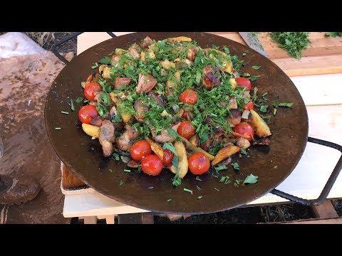 Готовим свинину с картошкой и грибами на диске от бороны садже