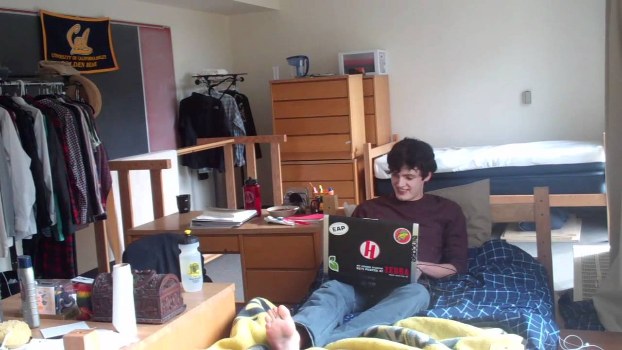 Life In A Quad Dorm Youtube