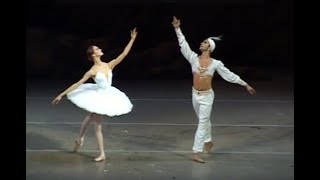 "Ulyana Lopatkina & Nikolai Tsiskaridze. Pas de Deux from the ballet ""La Bayadere"". 2007."