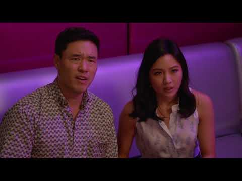 Karaoke Fight - Fresh Off The Boat