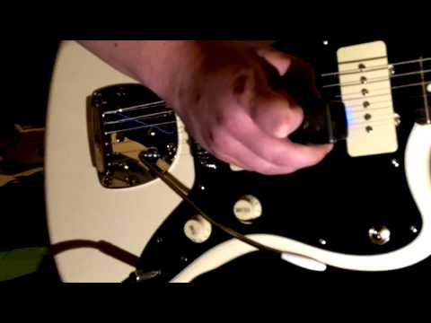 Squier J Mascis Jazzmaster - Modified with trem abuse - Mic'd