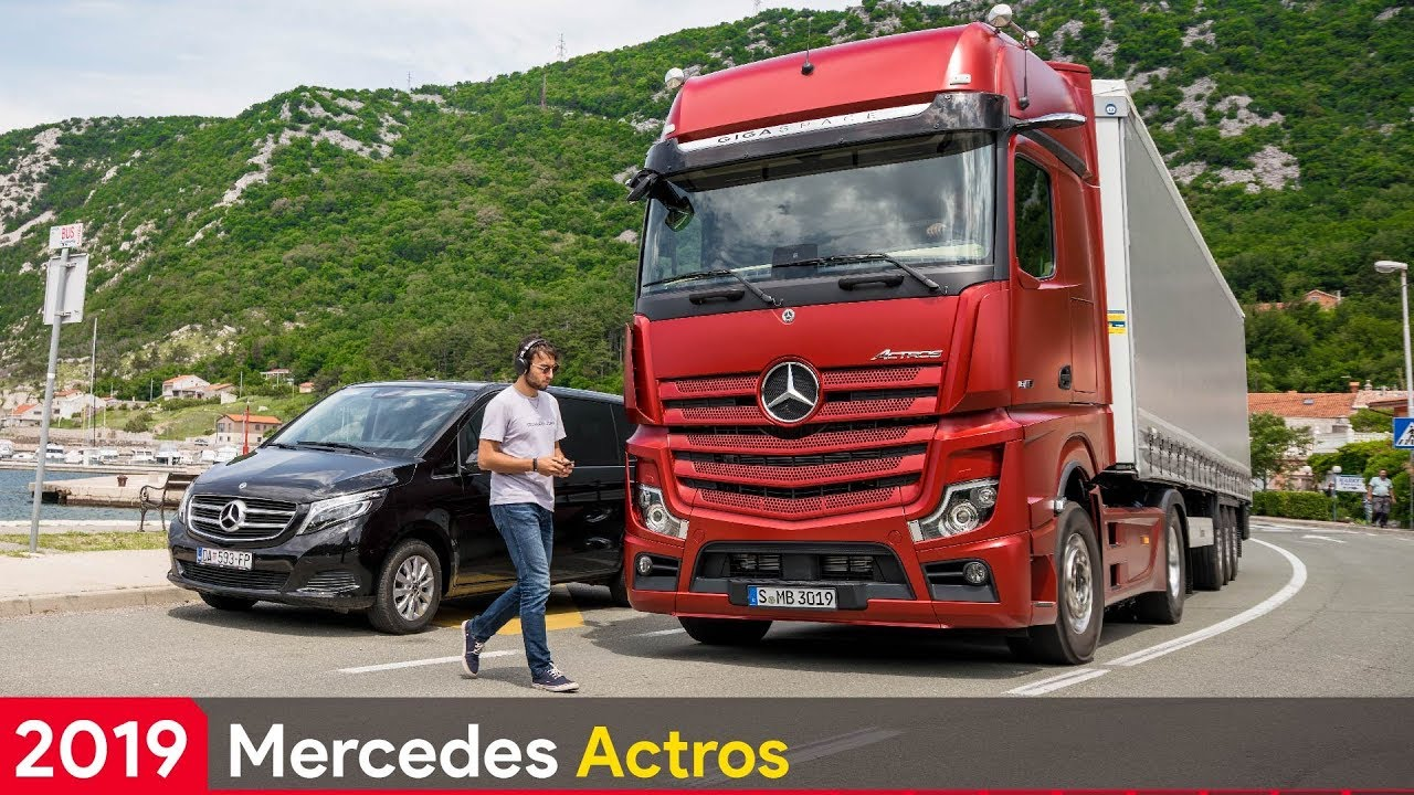 2019 mercedes actros the most high tech truck in the world. Black Bedroom Furniture Sets. Home Design Ideas