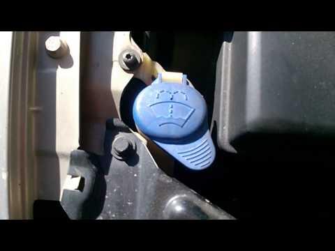 Warning using Rain-X De-icer windshield yellow fluid on VW