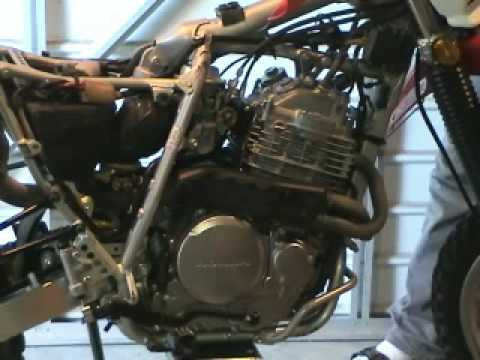 Honda XR650L Valve Clearance Verification & Adjustment - YouTube