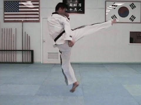Taekwondo Tornado Kick Tutorial (taekwonwoo) thumbnail