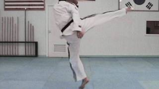 Video Taekwondo Tornado Kick Tutorial (taekwonwoo) download MP3, 3GP, MP4, WEBM, AVI, FLV Maret 2018