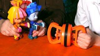 Клоун Дима и ФИКСИКИ. Обучающее видео для детей. Занимательная физика. Давление воздуха