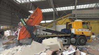 Garbage Trucks / Skip Lifts: DPR Kontenerowy Wywóz w Krakowie