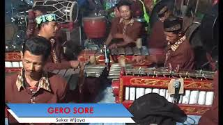seni kaawitan sekar wijaya pimpinan bpk suprat kauman kabuh jombang #Gerosore #Sekarwijaya #Paradisc Mohon di bantu subscribe dolur untuk ...