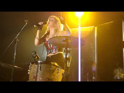 Ellie Goulding  Only Girl In the World  @ Heaven Club