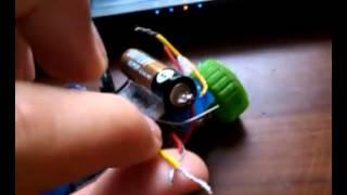 как сделать робота тароканчика своими руками в домашних условиях(если будут вопросы пишите в коментарии И не забывайте подписываться на канал., 2014-09-14T03:42:27.000Z)