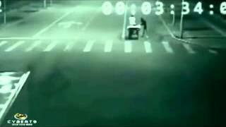 Мистическое видео которое ШОКИРОВАЛО интернет(Это видео загружено с телефона Android., 2013-10-13T12:33:45.000Z)