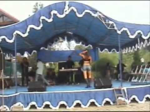 Karmila - Goyang heboh telanjang - Organ Tunggal