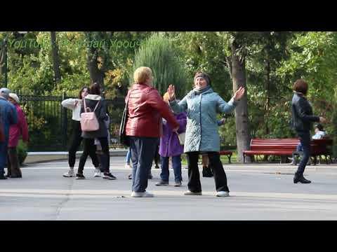 Bahama Mama. Танцы в парке им. Горького. Kharkiv. Music. Dance.