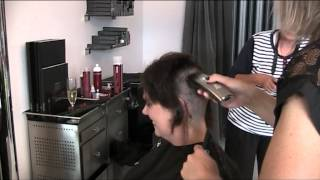 Repeat youtube video Rochelle's Movember Hair Shave