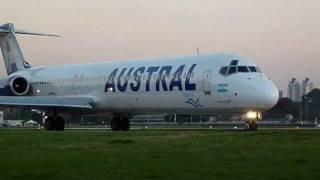 Aeroparque - 14/8/11 - MD-88 - Austral Lineas Aereas - Take Off