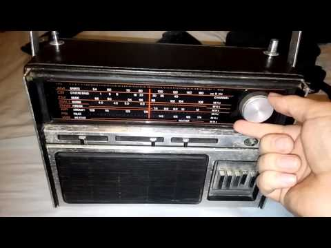 Westminster model 1428 am. Cb. Fm. Sw1-2. Air. Pb. Wb. radio reciever