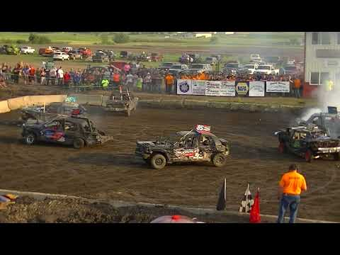 McLeod County Fair Demolition Derby 2017 (80's Super Stock)