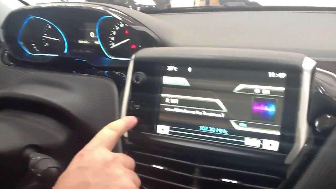 Gli Interni Di Nuova Peugeot 2008 Youtube